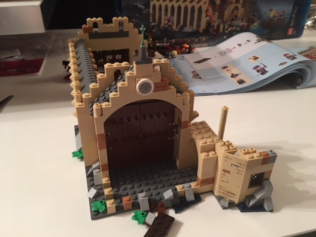 harrypotter-lego-greathall-02