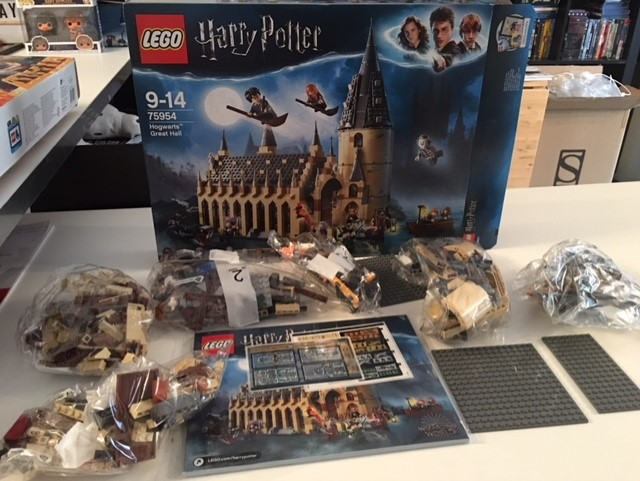 harrypotter-lego-greathall-021