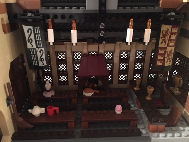 harrypotter-lego-greathall-07