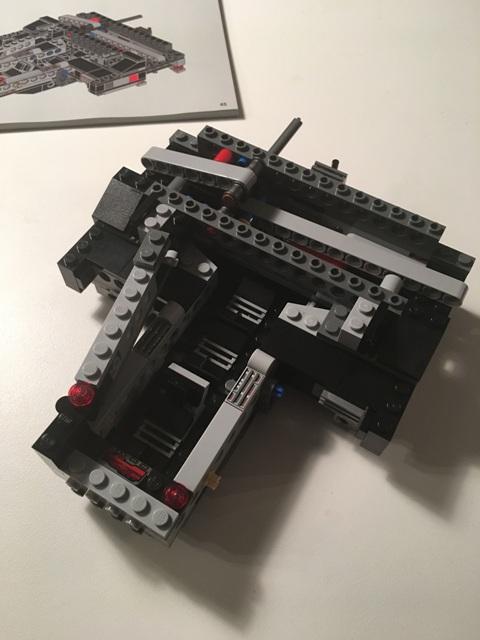 kyloren_shuttle_lego17