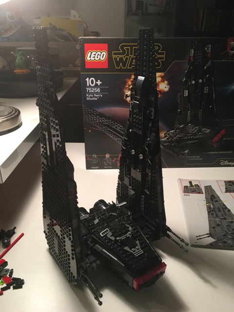 kyloren_shuttle_lego52